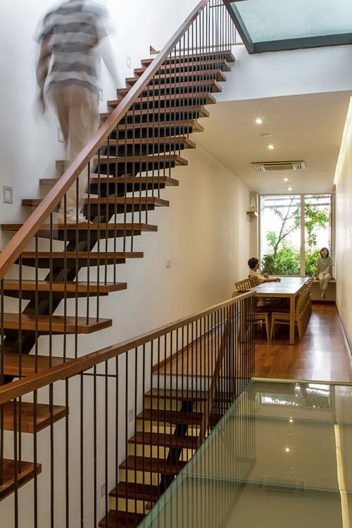 09_Staircase1_Hoang-Le-Copy