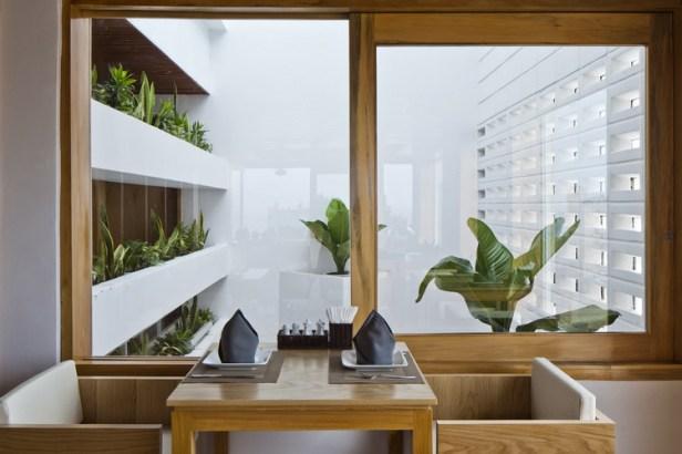 hotel-golden-holiday-in-nha-trang-trinh-viet-a-architects_portada_24_restaurant